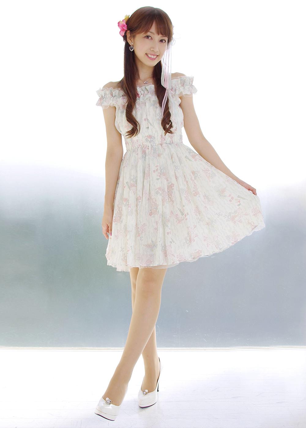 洋服が素敵な小島ミカさん